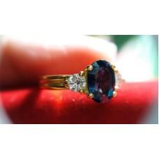 แหวนไพลินฝังเพชร