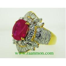 แหวนทับทิมพม่าประดับเพชร