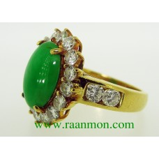 แหวนผู้หญิงหยกสีสวยเขียวสดจากพม่า